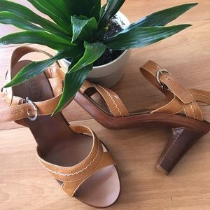 Ferragamo high heeled brown strapped shoes